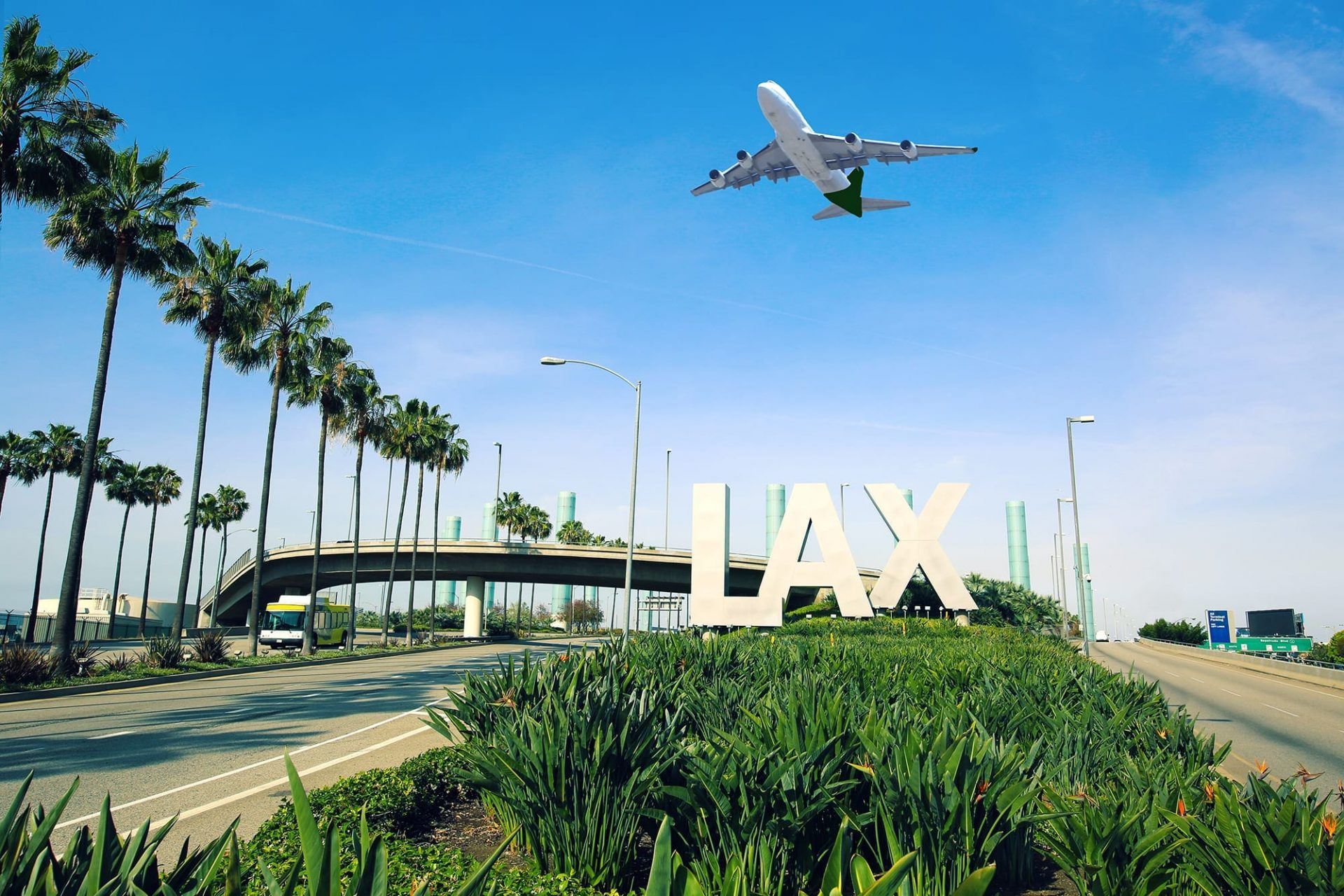 LAX expansion plans call for a new terminal east of Sepulveda Boulevard